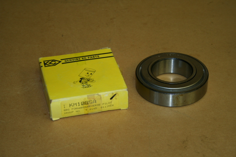 Pilot bearing Forward and reverse KM1085A Korody Colyer unused