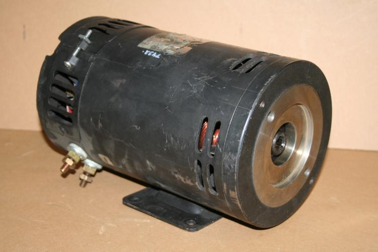 Steer motor 24 V DC 1457325 Hyster forklift