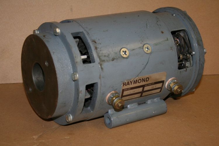 Motor 24 VDC 570 427 Raymond forklift motor 570-427 UNUSED