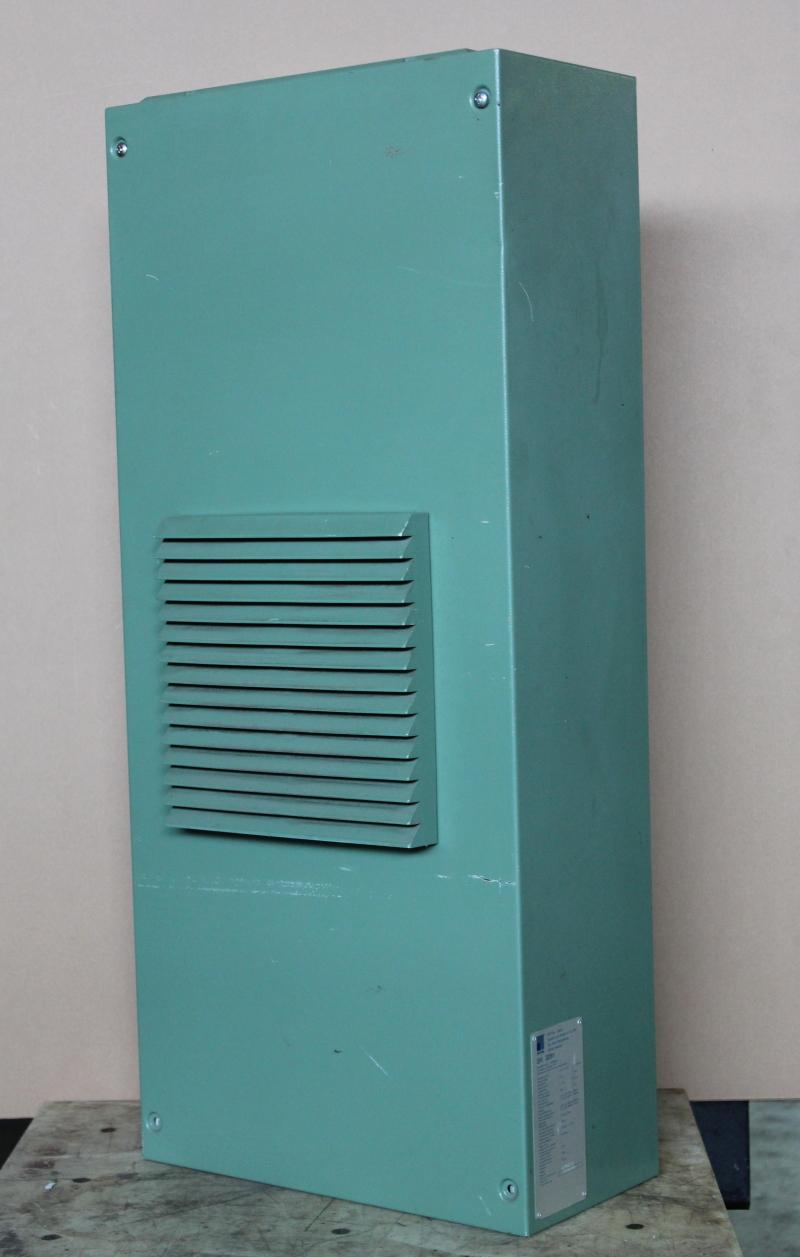 Enclosure cooler, panel mount cooling unit, 680W, 115V, SK3281 Rittal