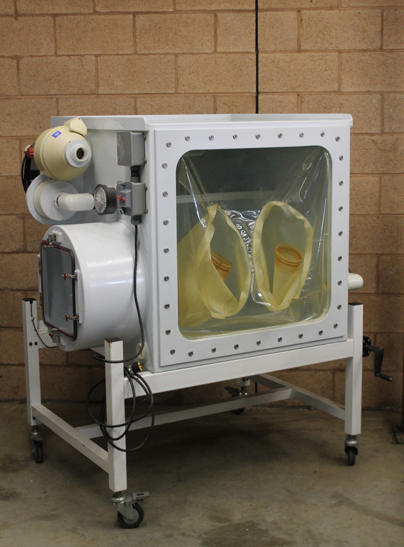 Glovebox isolator chamber, Flexible front, Isolation, 8.5 Cu ft Park Bioservices