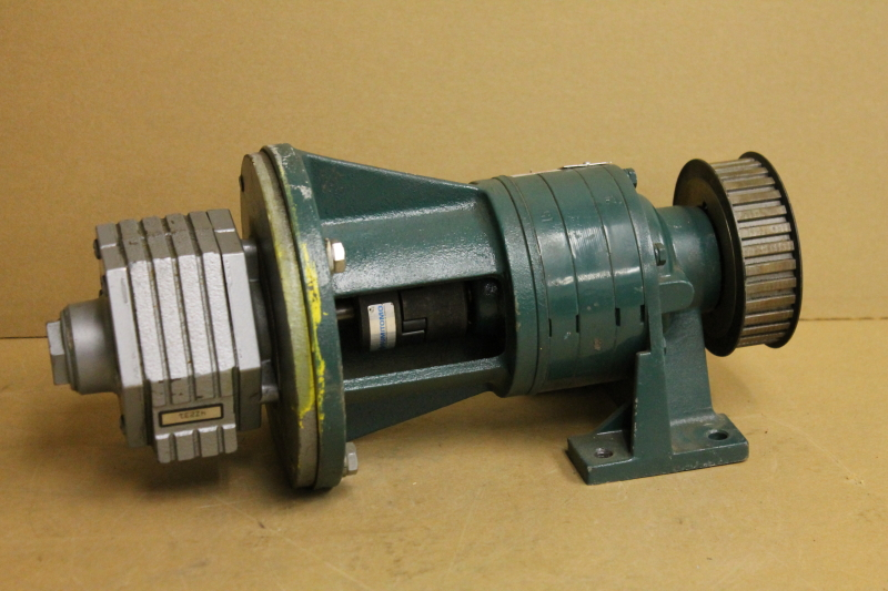Air motor w/inline gear reducer, 435:1, 434 inlb, Gast 4AM, SM-Cyclo HC 3085/07