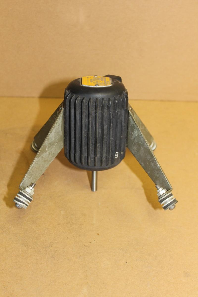 Fan motor, 3400 RPM, 115V, 0.3A, TENV, 91 AS series, 31575, Rotron
