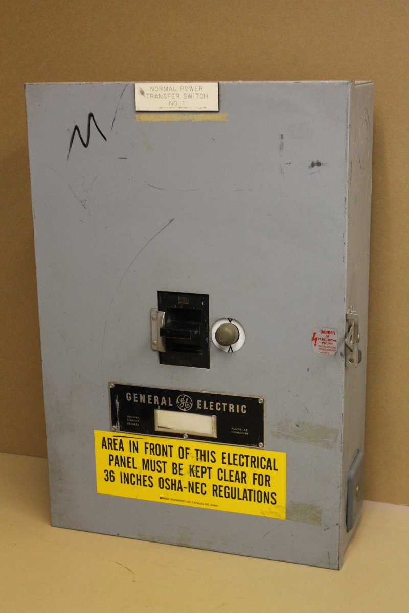 Circuit breaker, 200A, 600V, 3P, 3ph, Manual Undervoltage reset, TJJ436200, GE