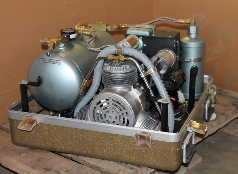 Air compressor with dehydrator, 5.6 CFM, 80 PSI, M5B, Air Techniques, Unused