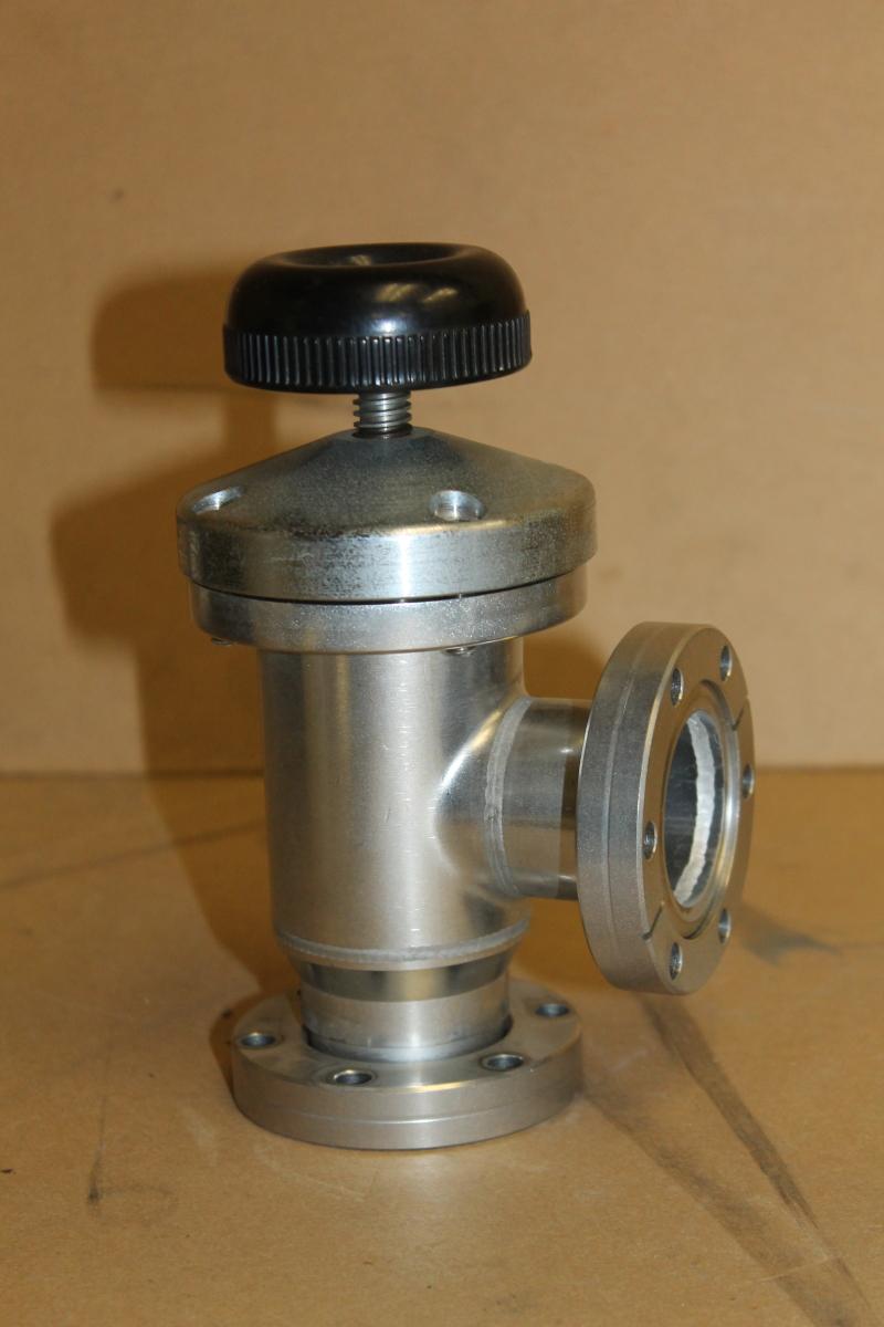 Perkin Elmer Vacuum Valve, Right Angle, SS, Bellows, 2-3/4