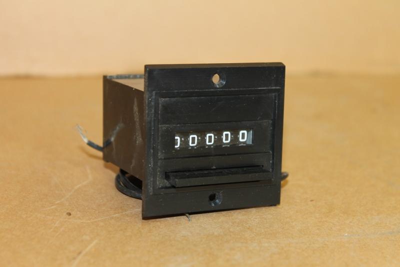 Counter, Totalizer, Electromechanical, 5 digit, 24V, 743895-216 Veeder Root