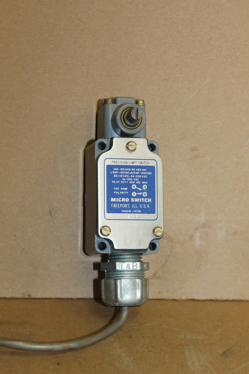 Limit switch, Rotary, SPDT, Double break, 10A, 1LS2, Micro Switch