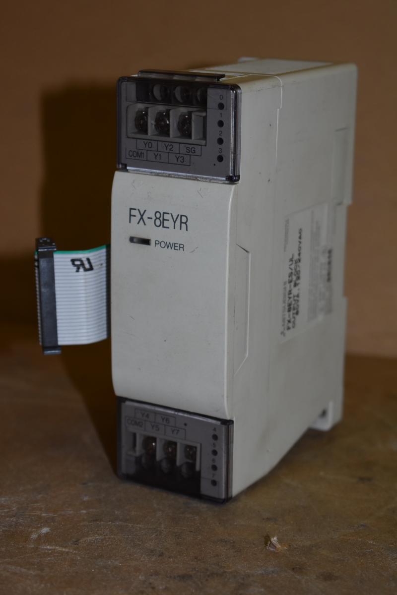 Mitsubishi FX-8EYR-ES/UL Output Block, 60VA, 120/240VAC