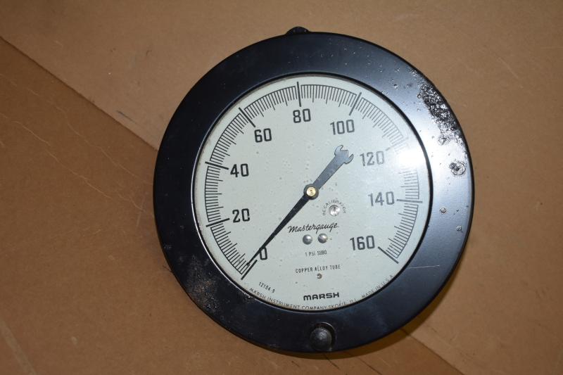 Pressure gauge, 0-160 PSI, 6