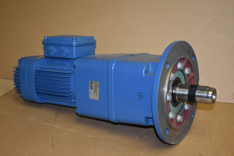 Gearmotor, 67 RPM, 0.88hp, 230/460V, Brake, D06, Demag Crane, Unused