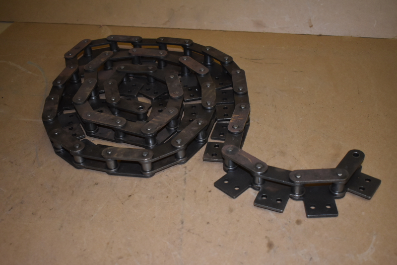 Double pitch attachment chain, 2