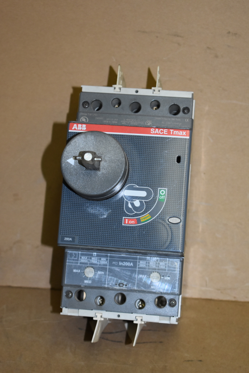 Circuit breaker, 200A, 690V, 3 PH, 3P, Rotary switch, SACE Tmax, T4H-250, ABB