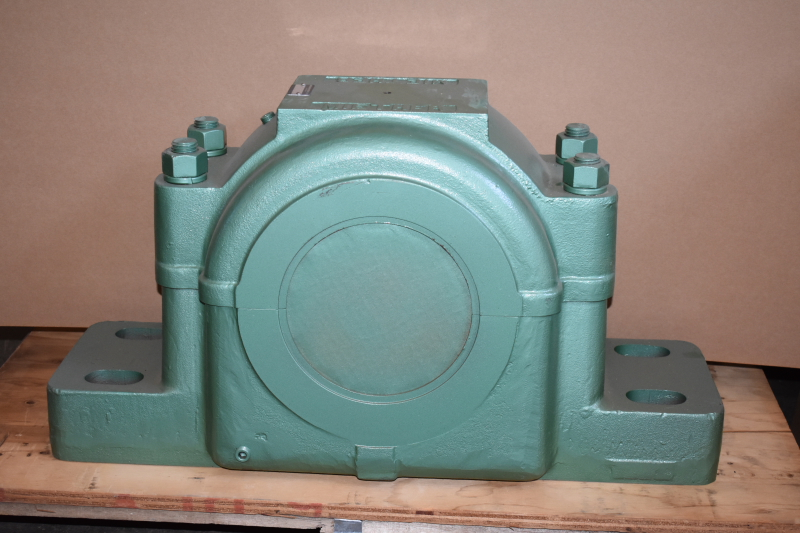 Pillow block bearing housing, 7 3/16