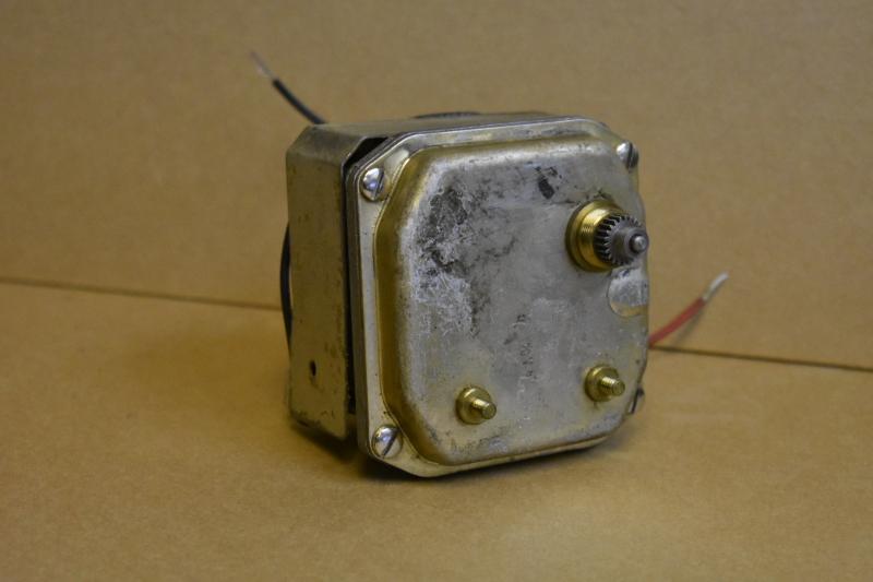 Angus Esterline 12920G Chart Recorder Gearmotor, 60RPM, 120V, 8 in/oz