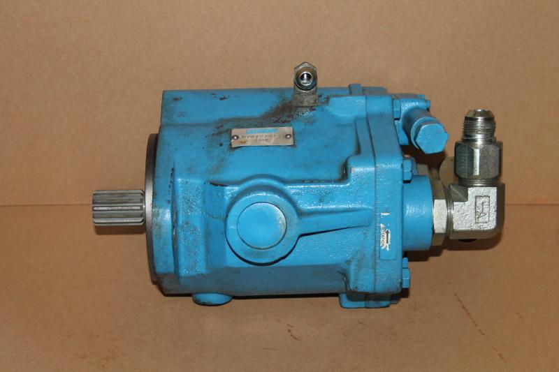 Hydraulic pump, Variable displ SAE C, PVB20 LS 20 C11 Vickers 2.61 in3/r