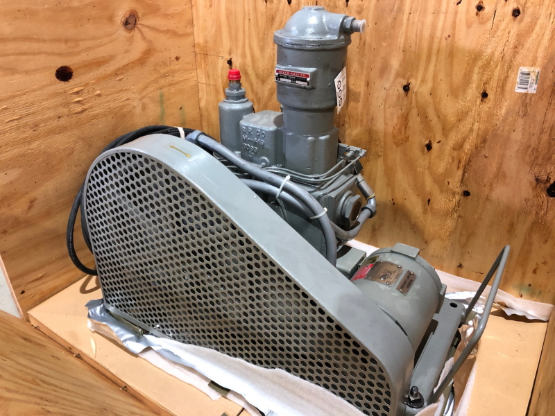 Beach Russ rotary piston vacuum pump 3/4 HP  18 CFM  NEW IN CRATE
