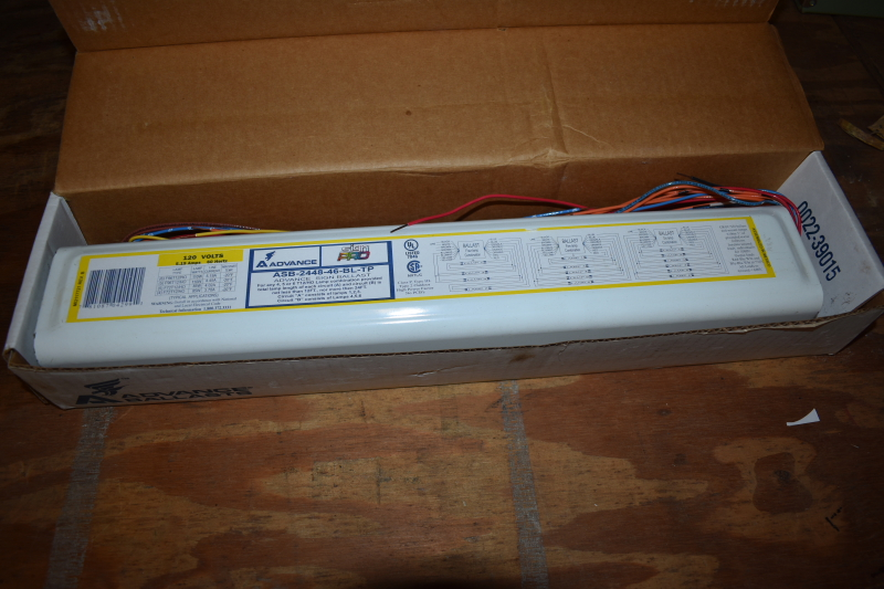 ADVANCE120 volt ballast E620-F-1236110-TP