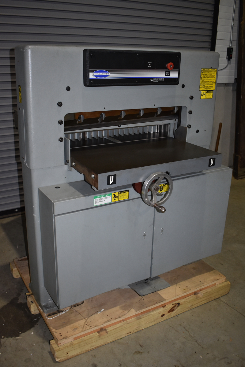 Challenge paper cutter 305 MC CLEAN