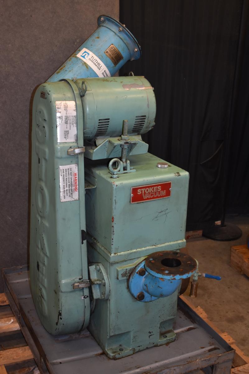 Stokes Microvac  212 H11 rotary oil sealed piston vacuum pump